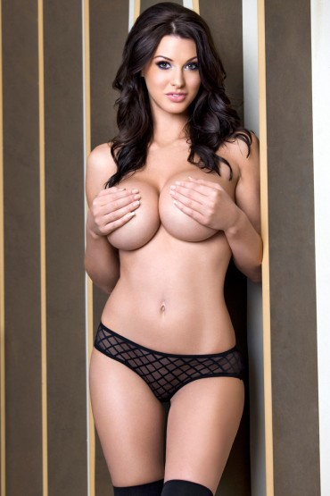 Alice Goodwin Big Boobs Nude – Zoo Today