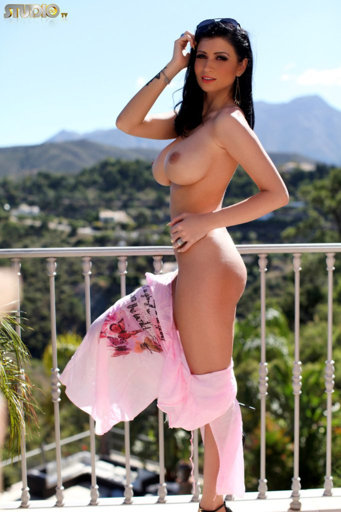 Lilly Roma Nude @ Studio66TV – Busty Bombshell Latina Strips on Rooftop