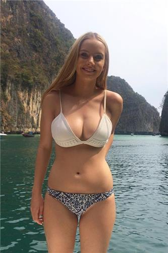 Rosie Bell Bikini Picture and Photo