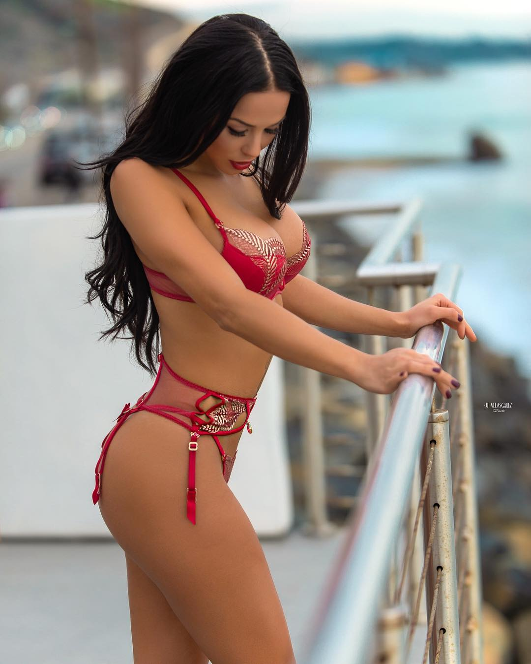 Melissa Riso - Gold Ratio Body Pictures