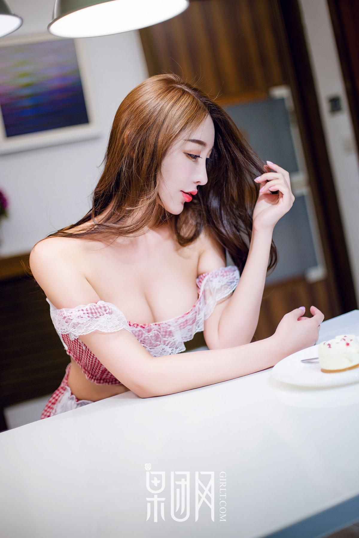 [Girlt] Pei Xi Xi First Show