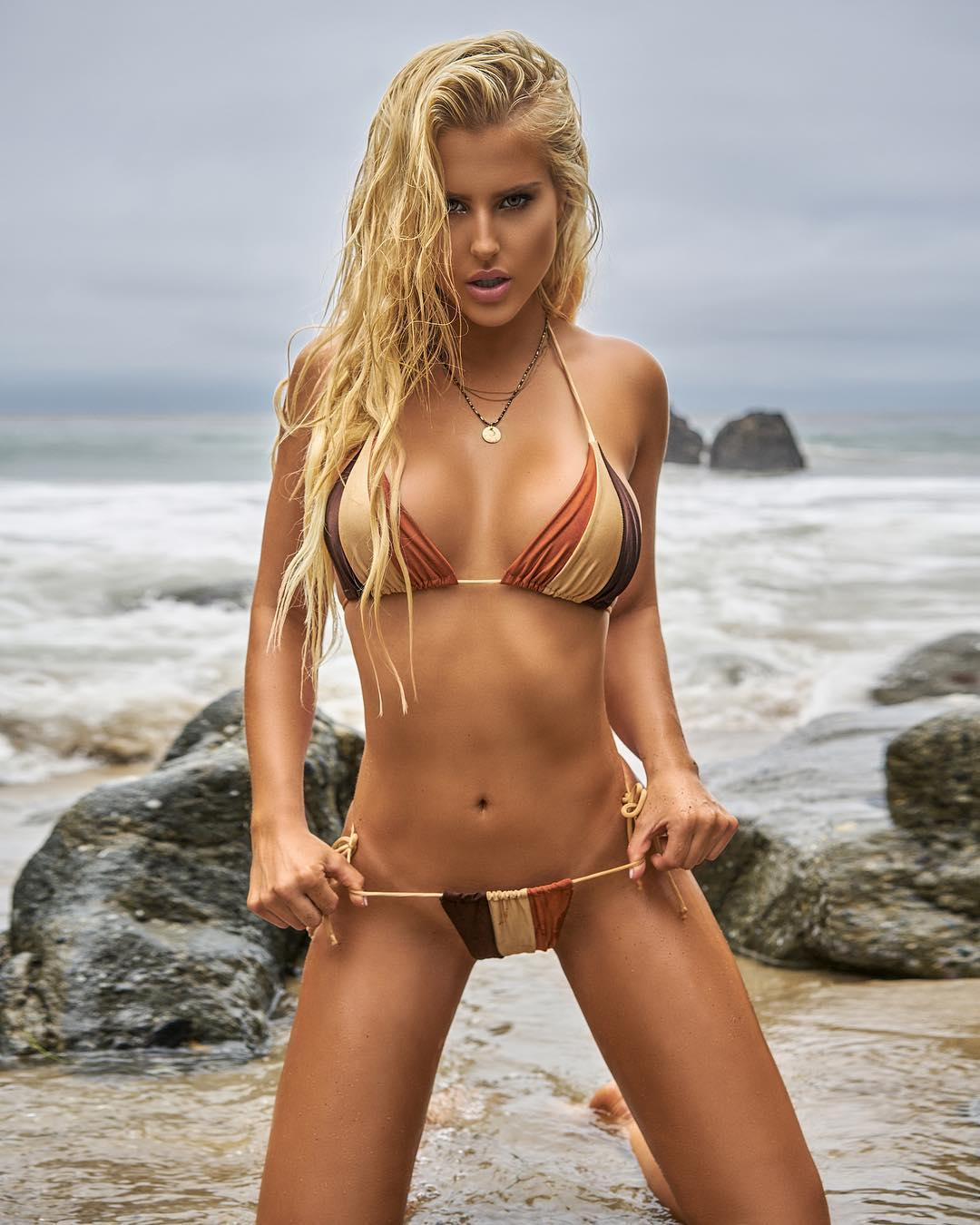 Brennah Black Bikini Wheat Skin Picture and Photo