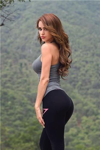 Yanet Garcia Big Booty Sexy Sport Picture and Photo