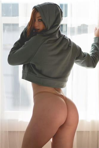 Big Booty Girl Megan DeLuca is So Hot