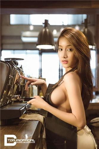 Pichana Yoosuk Sexy Bikini Bra Picture and Photo
