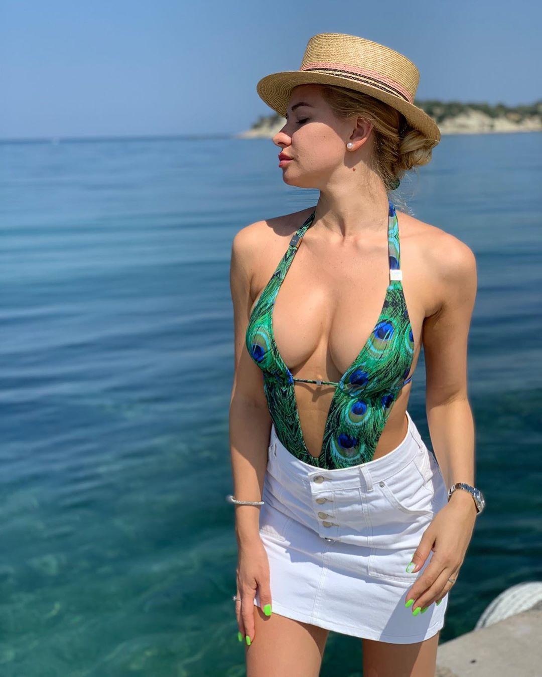 Dimetra Yulia is Hot in Bikini