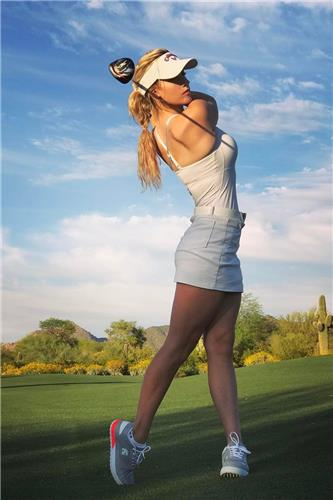 Paige Spiranac Sport Picture and Photo