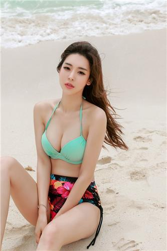 Park Da Hyun HavanaSunday Bikini Collection 3