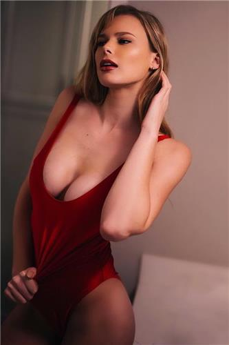 Hannah Fowler Kimsey D Cup Boobs Pictures