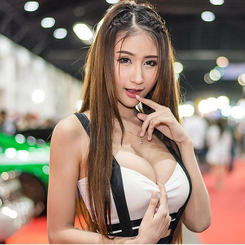 Keratikan Klumkomon Big Boobs Sexy Picture and Photo