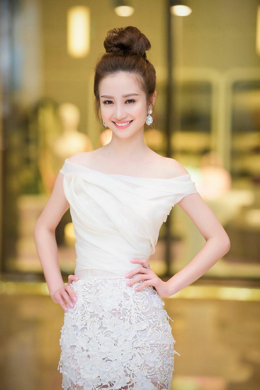 Vu Phuong Anh Pure Lovely Picture and Photo
