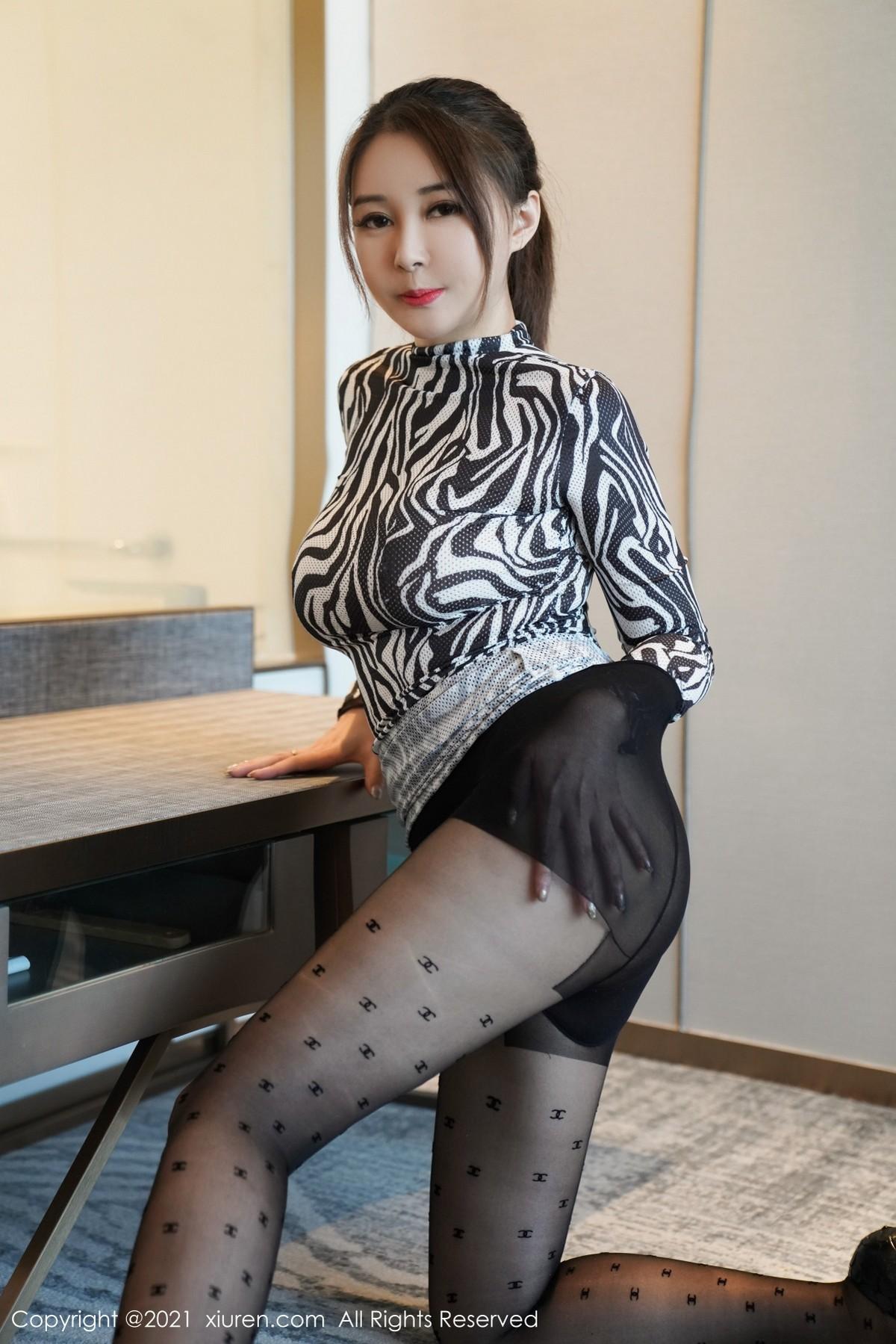 XiuRen No.3424